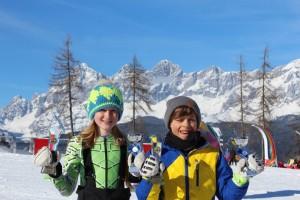 Antonia Flachberger und Xaver Girbl sind Bezirksmeister bei den Kindern.